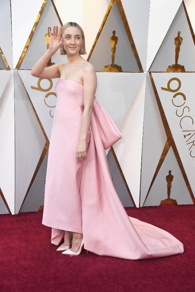 melhores-looks-dos-Óscares-Saoirse-Ronan