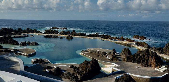 piscinas-naturais-de-porto-santo-as-melhores-praias-da-madeira