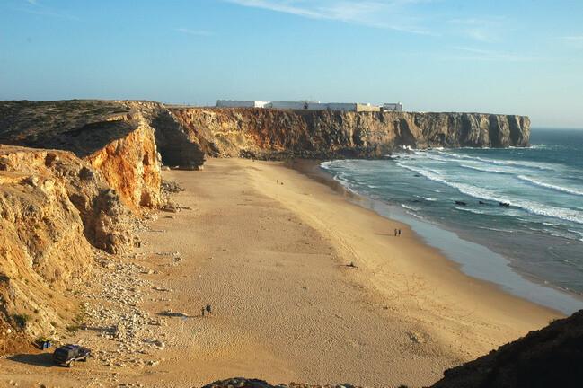 praia-do-tonel-praias-com-bandeira-azul-no-algarve