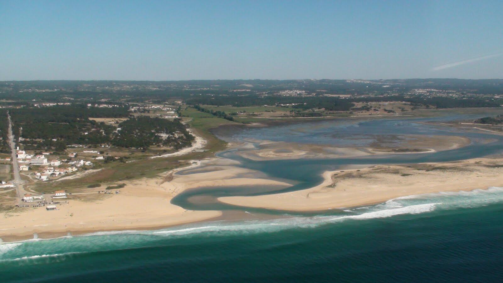 praia-da-lagoa-de-santo-andré-as-melhores-praias-do-sul-de-portugal