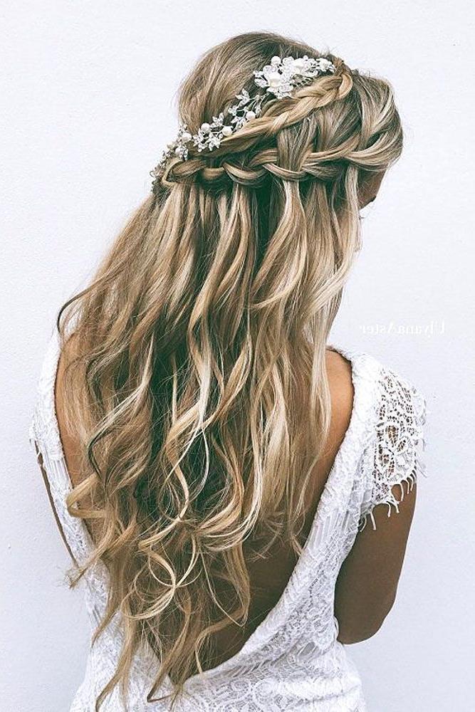tendências-de-penteados-para-cabelo-comprido-para-noivas