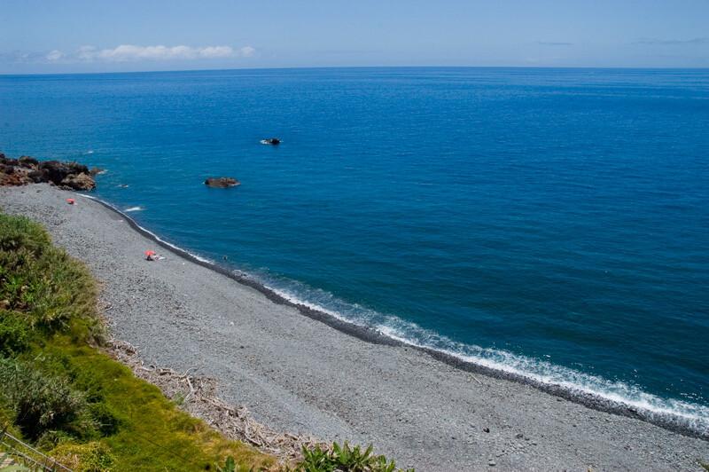 praia-de-fajá-do-mar-as-melhores-praias-da-madeira