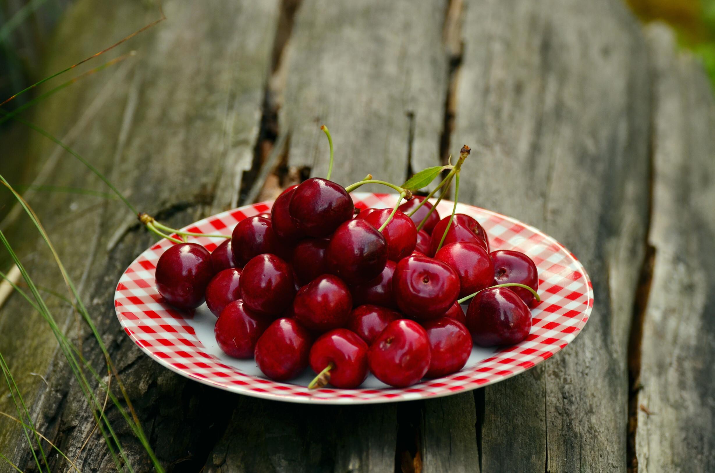 cereja-tudo-o-que-precisas-de-saber-sobre-frutos-vermelhos