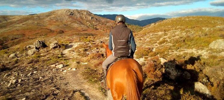 passeio-a-cavalo-atividades-radicais-para-fazer-no-gerês
