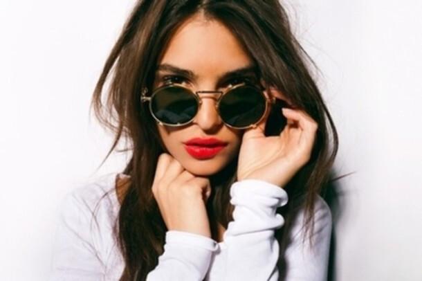 culos-de-sol-de-mulher-óculos-redondos-e-vintage