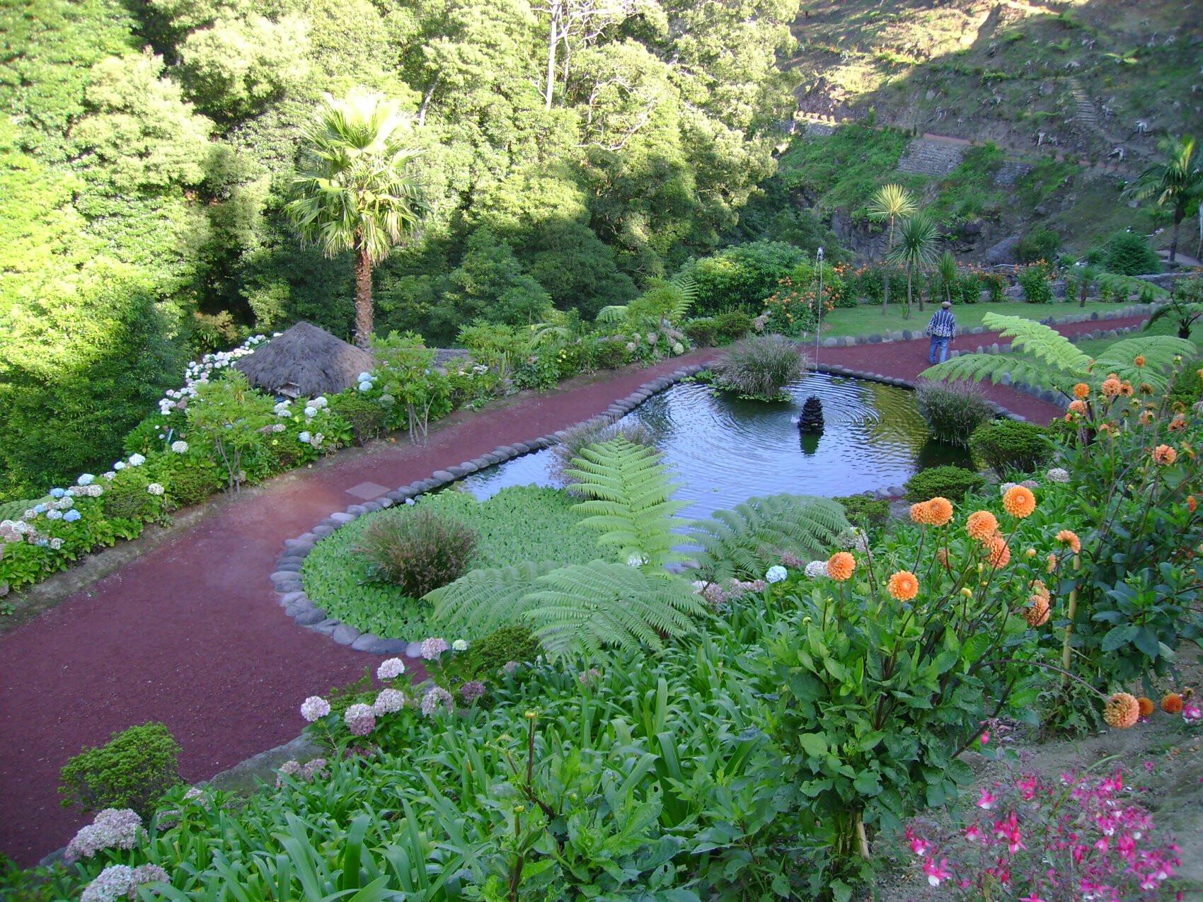parque-natural-da-ribeira-dos-caldeirões-guia-de-viagem-pontos-de-interesse-turístico-Açores