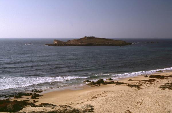 praia-da-ilha-do-pessegueiro-as-melhores-praias-da-costa-vicentina