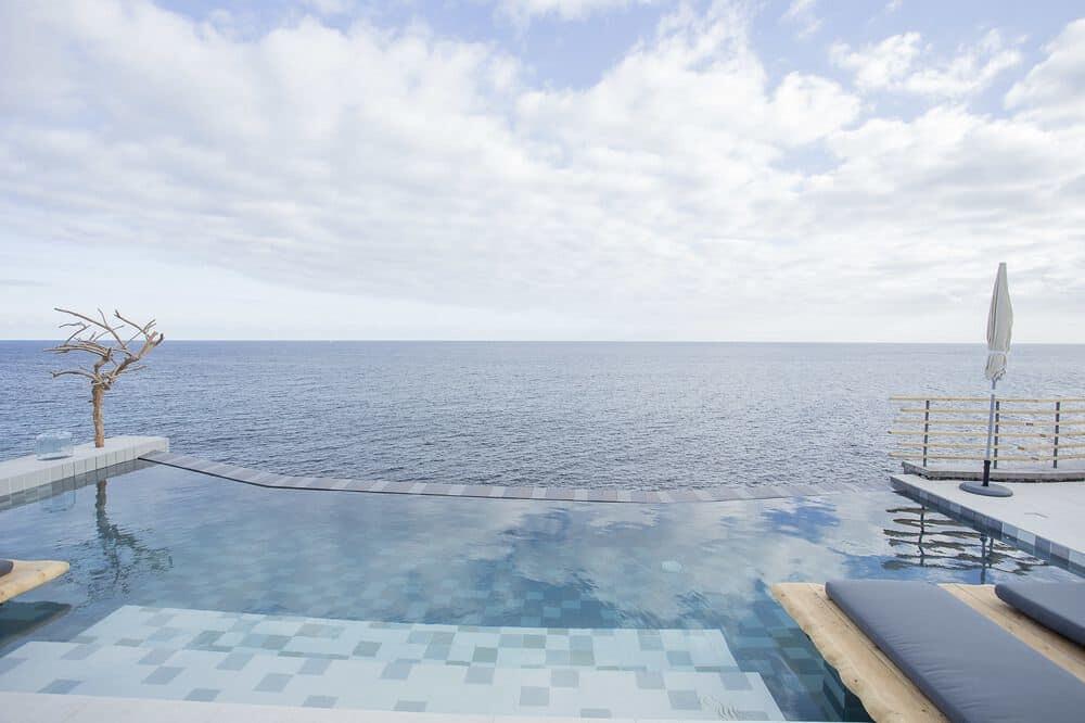 White-Exclusive-Suites-&-Villas-guia-de-viagem-onde-dormir-nos-açores-melhores-hotéis